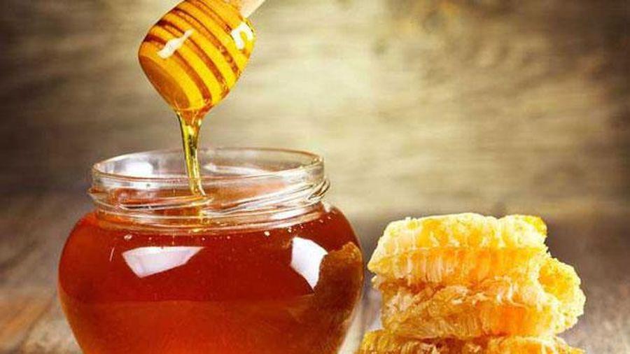 Da hết khô bong tróc chỉ bằng cách dùng mật ong