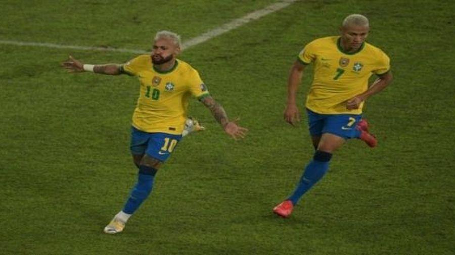 Brazil 4-0 Peru: Neymar tiếp tục tỏa sáng, Brazil lại vùi dập đối thủ