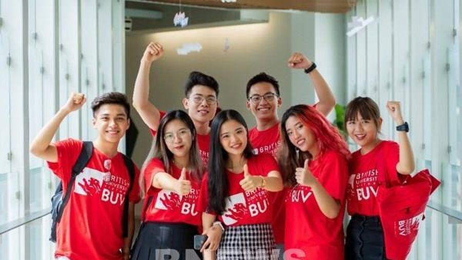 Năm thứ 2, BUV tặng học bổng 1 tỷ đồng cho sinh viên có hoàn cảnh khó khăn