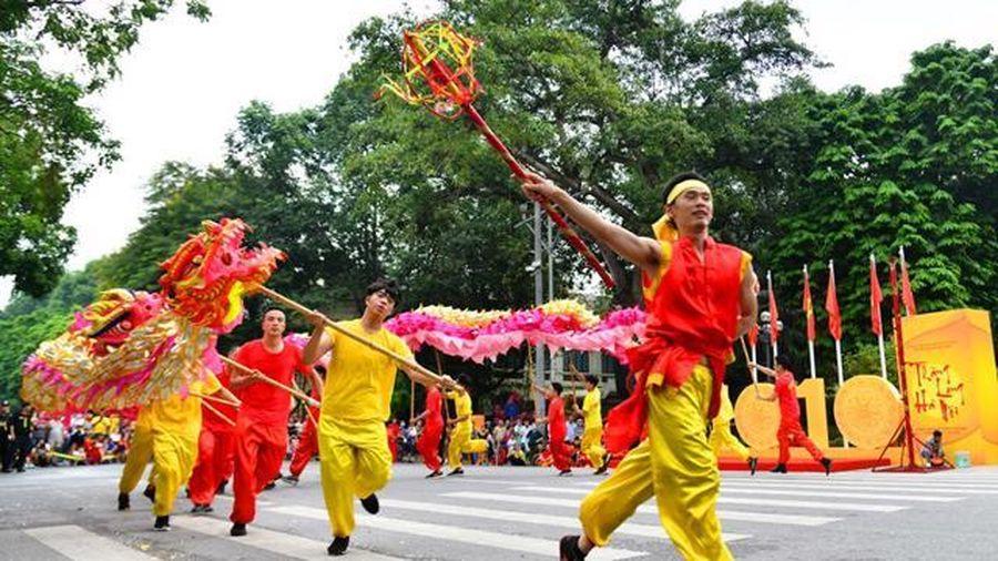 Người Việt vẫn ưu ái sản phẩm công nghiệp văn hóa 'ngoại' hơn 'nội' ?