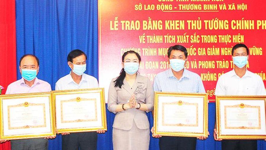 4 tập thể, cá nhân được Thủ tướng Chính phủ tặng bằng khen