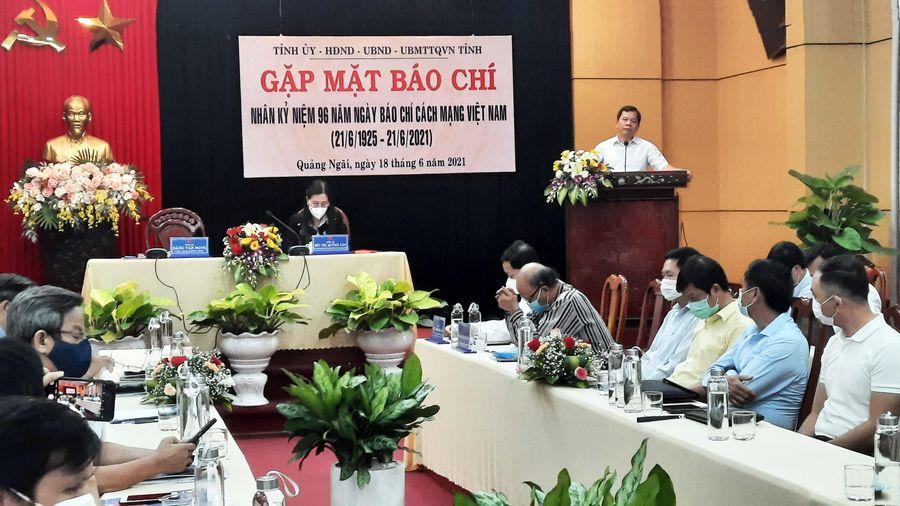Quảng Ngãi: Gặp mặt các cơ quan báo chí, các phóng viên thường trú và trao giải báo chí nhân kỷ niện 96 năm Ngày báo chí Cách mạng Việt Nam