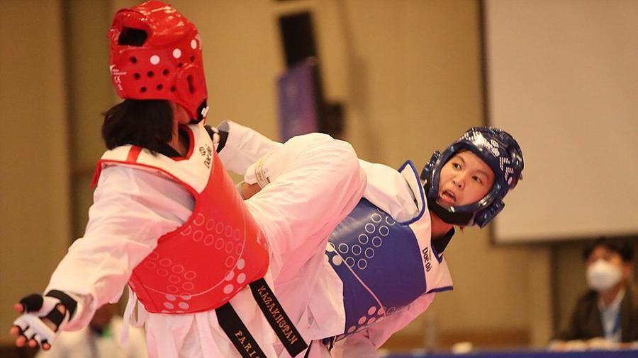 Võ sĩ Trương Thị Kim Tuyền giành Huy chương vàng Taekwondo châu Á 2021