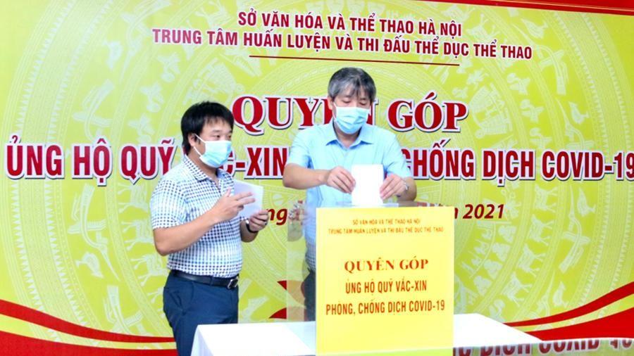 Thể thao Hà Nội quyên góp gần 200 triệu đồng cho Quỹ vắc xin phòng Covid-19