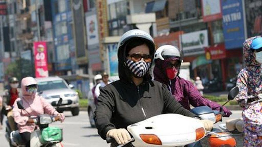 Bộ Y tế yêu cầu đảm bảo chăm sóc sức khỏe người dân khi nắng nóng, tuân thủ chống dịch COVID-19