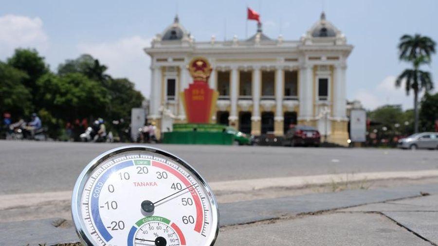 Thời tiết hôm nay 19/6: Hà Nội nắng nóng đặc biệt gay gắt, có nơi trên 40 độ C
