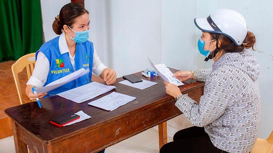 Hỗ trợ người có hoàn cảnh khó khăn vượt qua đại dịch