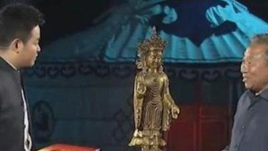 Ông chú mang tượng Phật gia truyền đi kiểm định, bị xác nhận là đồ giả: Buông 1 câu khiến cả trường quay 'tâm phục khẩu phục'