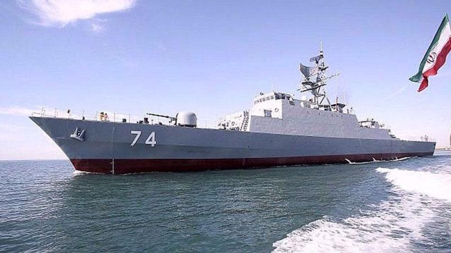 Iran điều tàu chiến đến bờ biển Israel