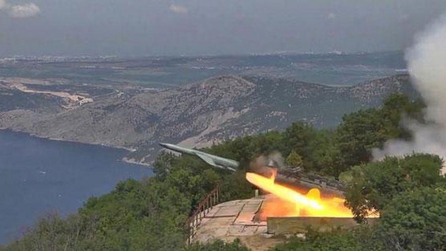 Mỹ có thể bắn tan xác tên lửa bay nhanh gấp 10 lần vận tốc âm thanh của Nga: Bằng cách nào?