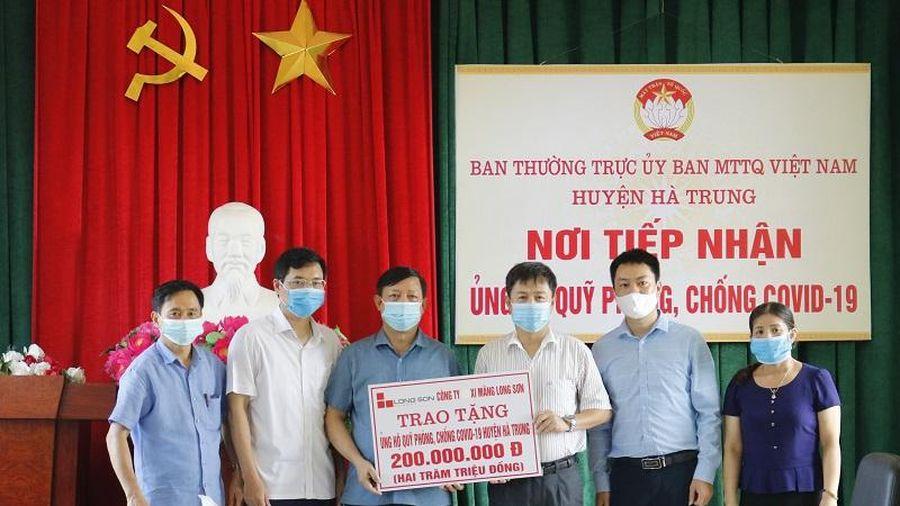 Hà Trung tiếp nhận hơn 1,2 tỷ đồng ủng hộ Quỹ phòng, chống dịch COVID-19