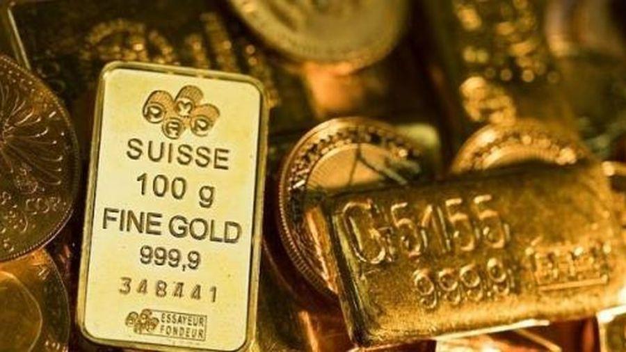 Giá vàng bất ngờ tụt xuống đáy