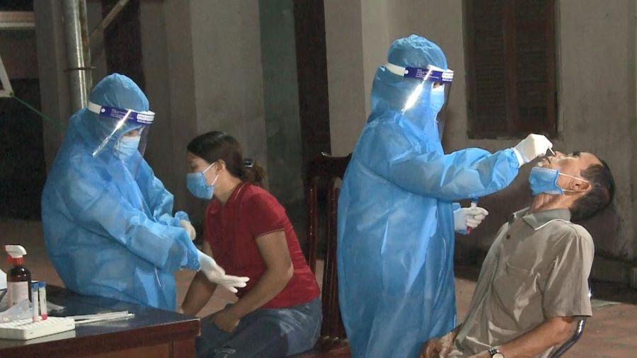 Ba người trong một gia đình ở Nghệ An dương tính với SARS-CoV-2