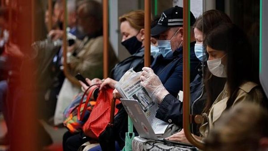 Phòng dịch COVID-19, Moscow đóng cửa khu vực dành cho cổ động viên EURO