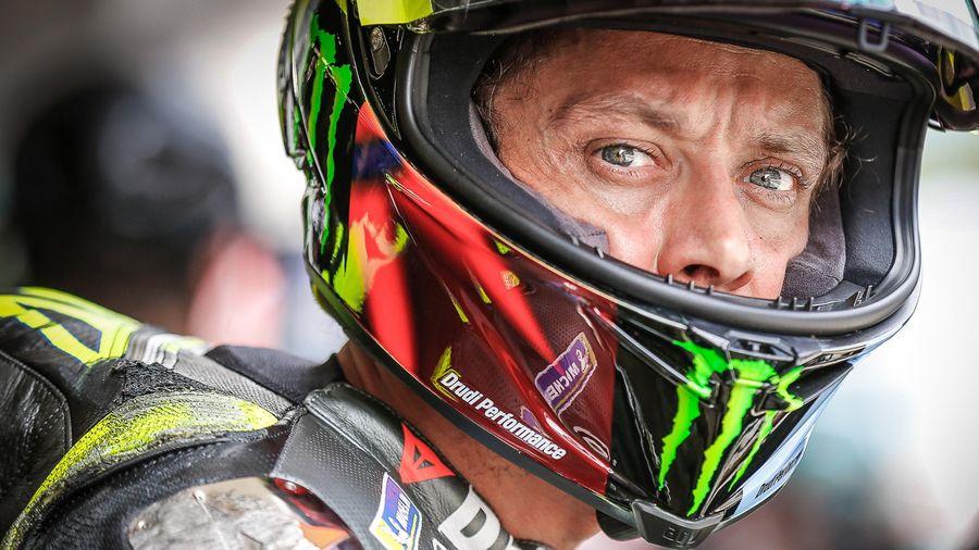Valentino Rossi có thể phải giải nghệ vì không được gia hạn hợp đồng