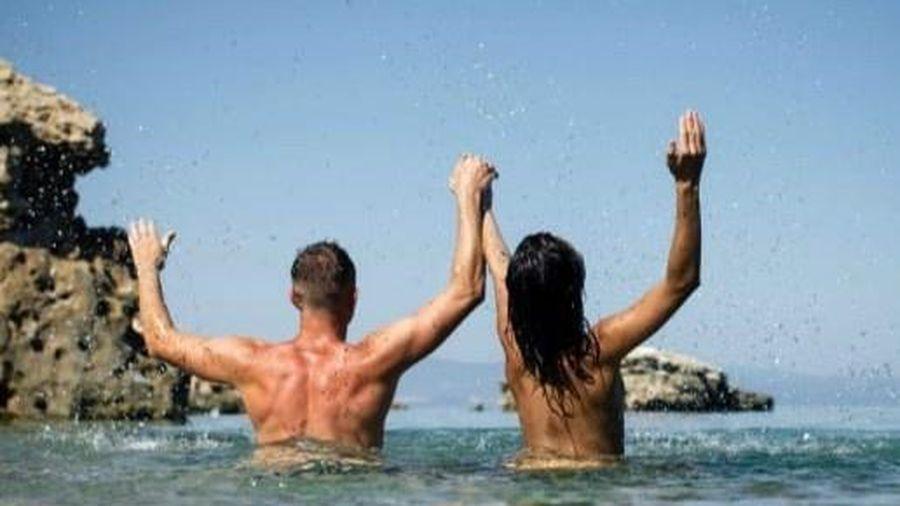 Những người thích đến bãi biển khỏa thân