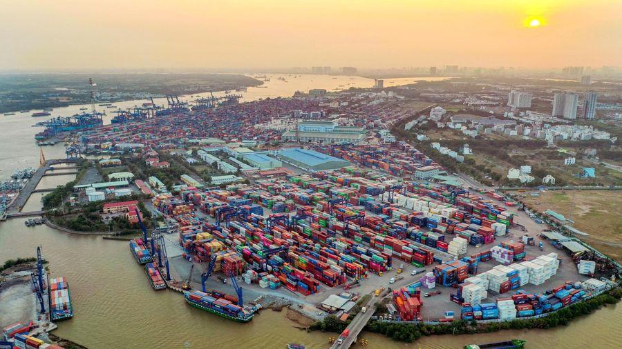 VCCI kiến nghị thành lập tổ công tác liên bộ gỡ khó về logistics