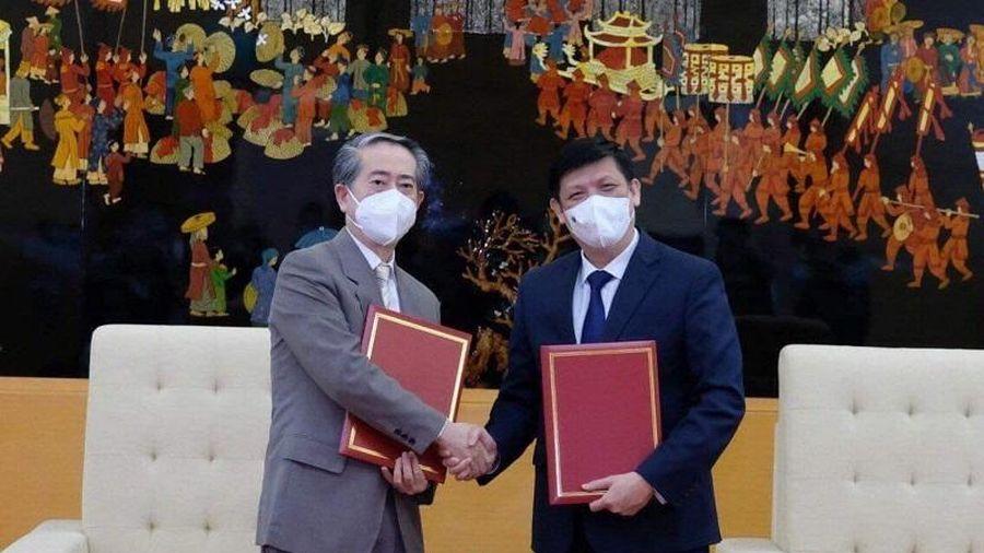 Việt Nam tiếp nhận 500.000 liều vaccine Vero Cell của Sinopharm