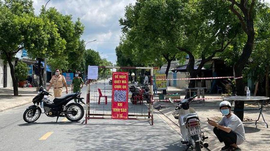 TP HCM: Đi lại thế nào tại 3 ấp bị phong tỏa của huyện Hóc Môn?