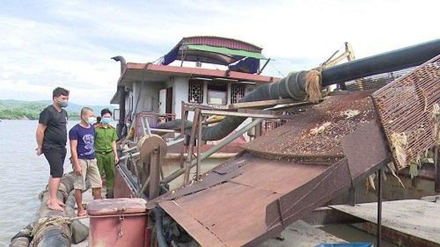 Chỉ đạo gấp rút điều tra vụ tàu cát khai thác trong thời gian cách ly ở Bắc Giang