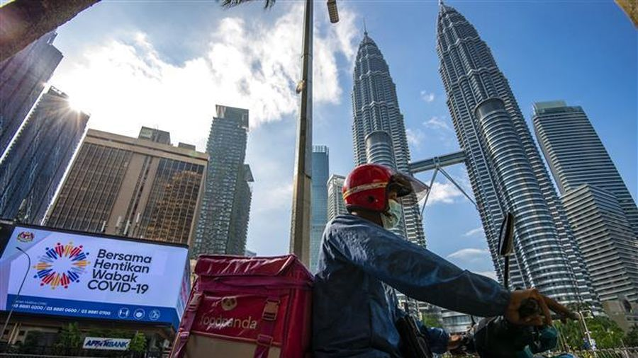 Malaysia khẳng định còn quá sớm để áp dụng 'hộ chiếu vaccine'