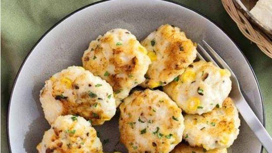 Món ngon cuối tuần: Cách làm chả tôm mực rau củ vừa ngon vừa đủ chất