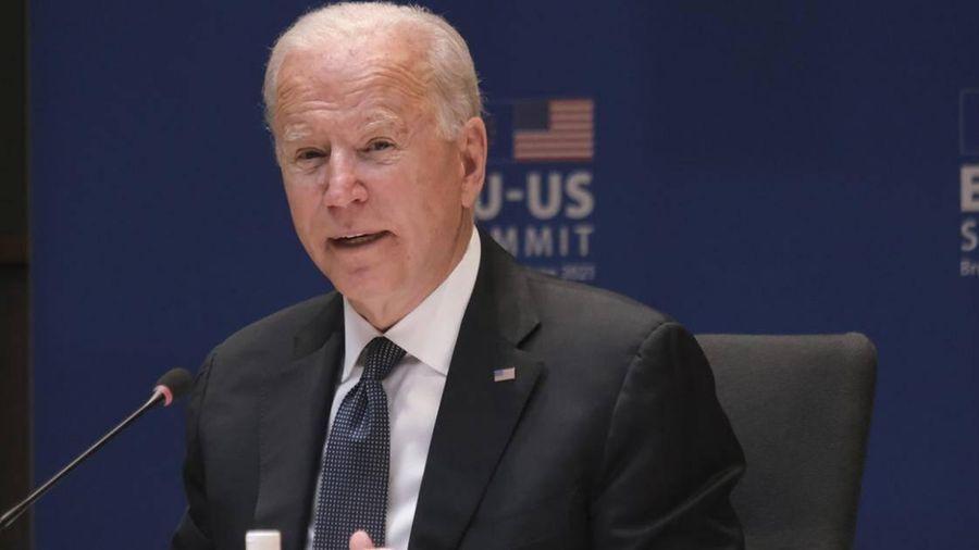 Người Mỹ trách Biden sau báo cáo 'đóng băng' viện trợ cho Ukraine