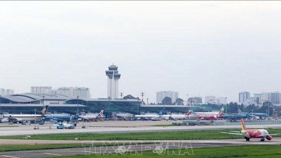 Các giấy tờ người nước ngoài cần có khi di chuyển trên các chuyến bay nội địa