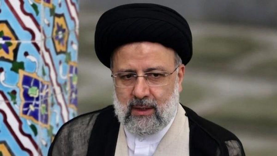 Thẩm phán bảo thủ trở thành tân tổng thống Iran