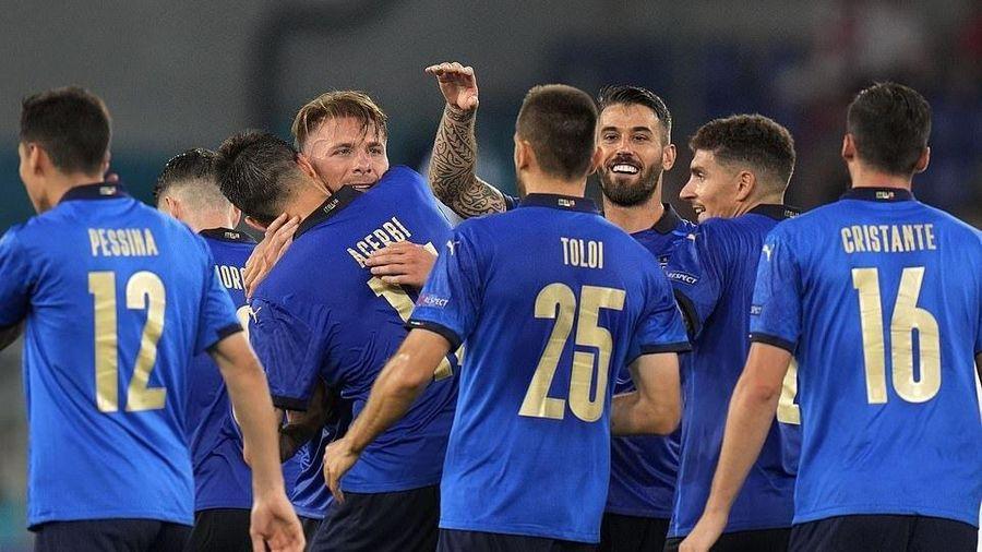 Trực tiếp bóng đá Italy vs Xứ Wales EURO 2020