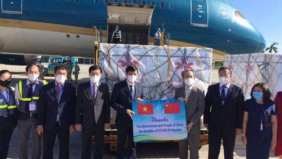 Việt Nam tiếp nhận 500.000 liều vắc xin Vero-Cell của Sinopharm