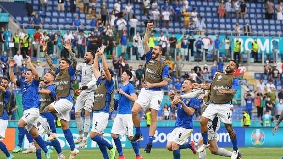 Italia san bằng kỷ lục 'khủng' để đi vào lịch sử EURO