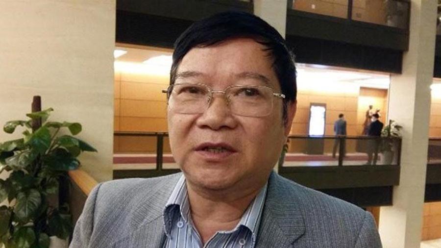 Ông Lê Như Tiến: 'Thói trọng bằng cấp khiến thi đua biến thành chạy đua'