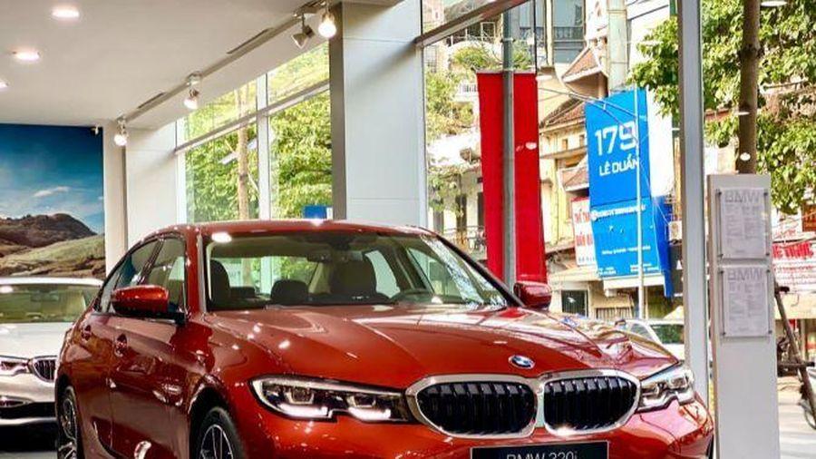 Giá ô tô tuần này: Đến lượt xe sang hạ giá hơn trăm triệu đồng