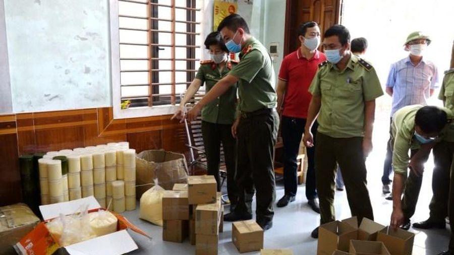 Quảng Bình: Bắt giữ gần 1 tấn mỹ phẩm không rõ nguồn gốc