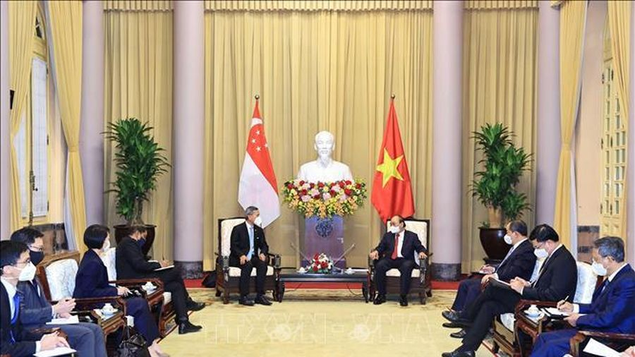 Chủ tịch nước Nguyễn Xuân Phúc tiếp Bộ trưởng Ngoại giao Singapore