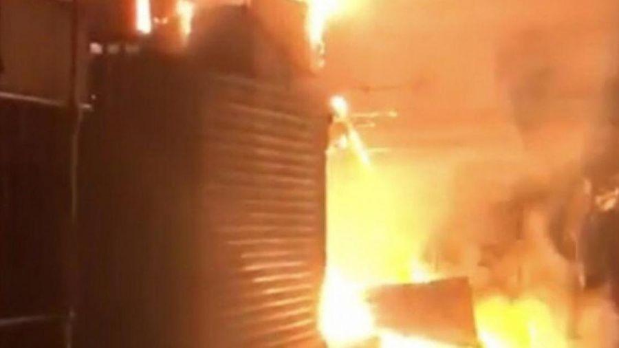 Hậu Giang: 'Bà hỏa' ghé lúc rạng sáng, chợ TX Long Mỹ thiệt hại 900 triệu