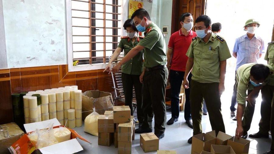 Quảng Bình: Bắt giữ gần 1 tấn mỹ phẩm làm đẹp, chăm sóc da không rõ nguồn gốc