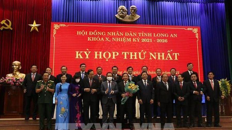Long An bầu các chức danh lãnh đạo chủ chốt HĐND, UBND