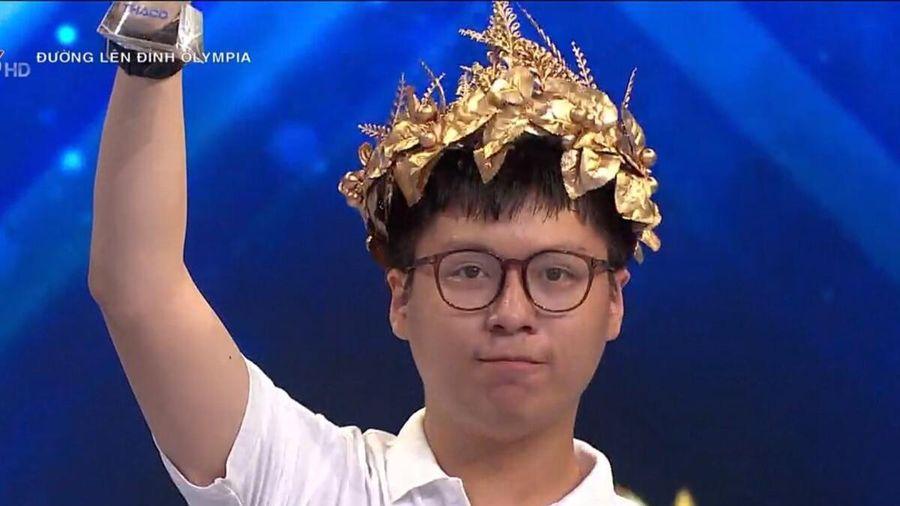 Nam sinh Hà Nội lội ngược dòng ngoạn mục, giành vé vào chung kết Đường lên đỉnh Olympia 2021
