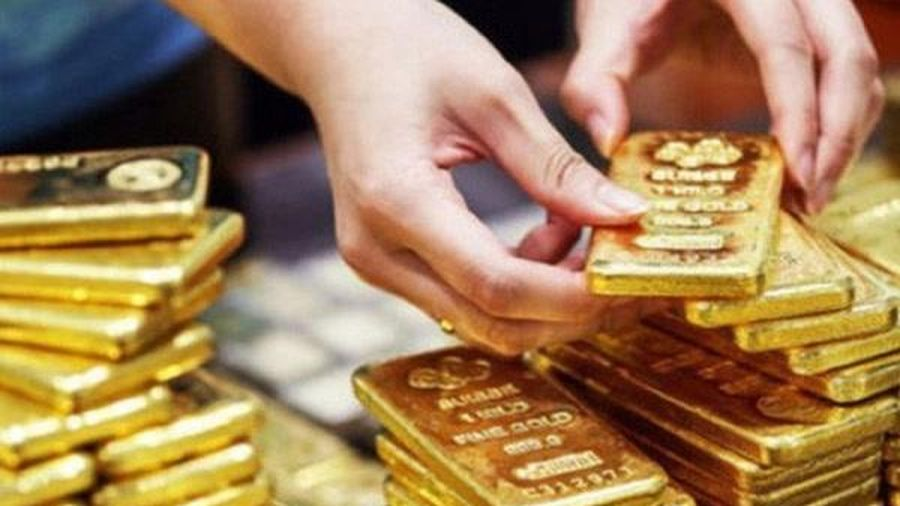 Giá vàng bật tăng ngay đầu tuần