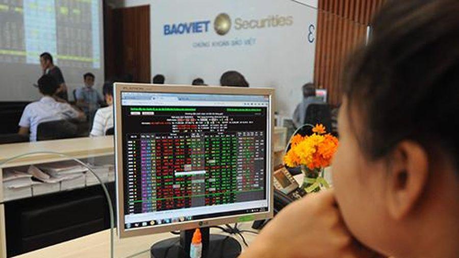 Chứng khoán Việt vẫn có mức định giá hấp dẫn, nhưng cần theo dõi yếu tố rủi ro nào?