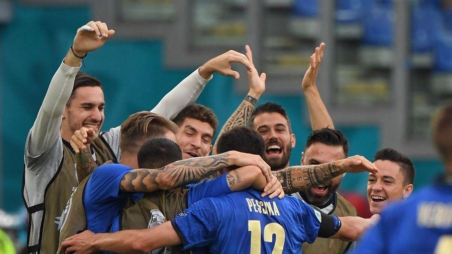 ĐT Italia thiết lập hàng loạt kỷ lục sau vòng bảng EURO 2021