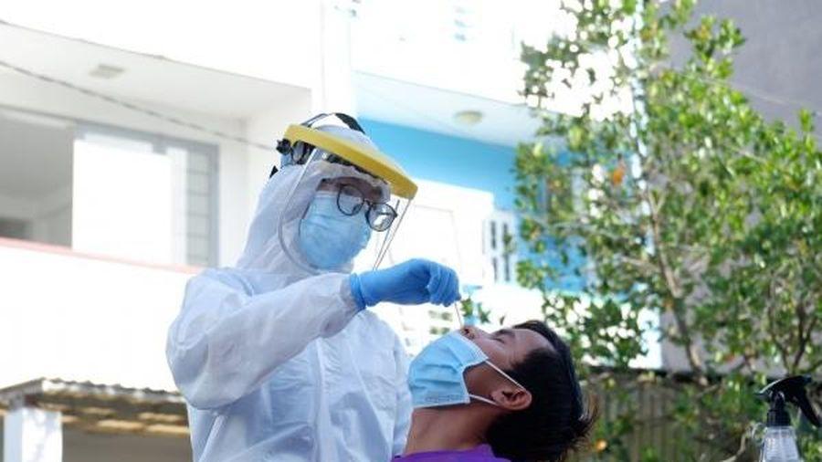 Huyện Hóc Môn đồng loạt tổ chức lấy 100.000 mẫu xét nghiệm tầm soát SARS-CoV-2