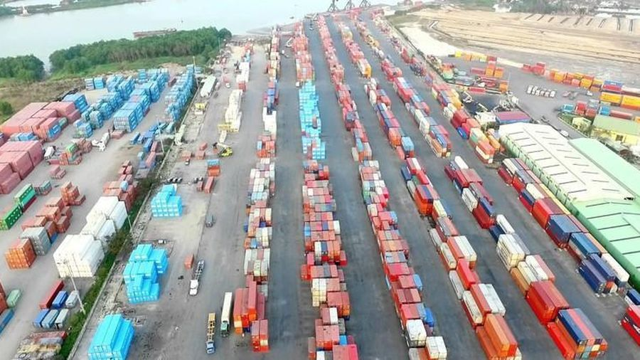 Vận tải và Xếp dỡ Hải An (HAH): Cơ cấu cổ đông lớn liên tục thay đổi