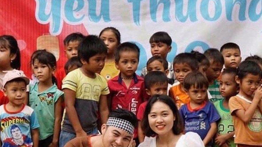 Ánh Trăng yêu thương: Mang lễ hội Trăng Rằm đến với trẻ em ở Eo Bù - Chút Mút