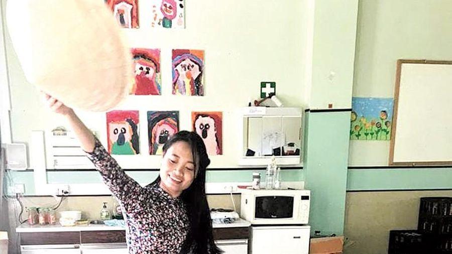 Phở Việt trong lớp mẫu giáo Bỉ